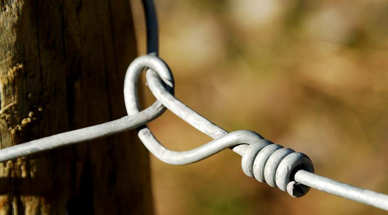 Electric Fence Installation - Wire Knots